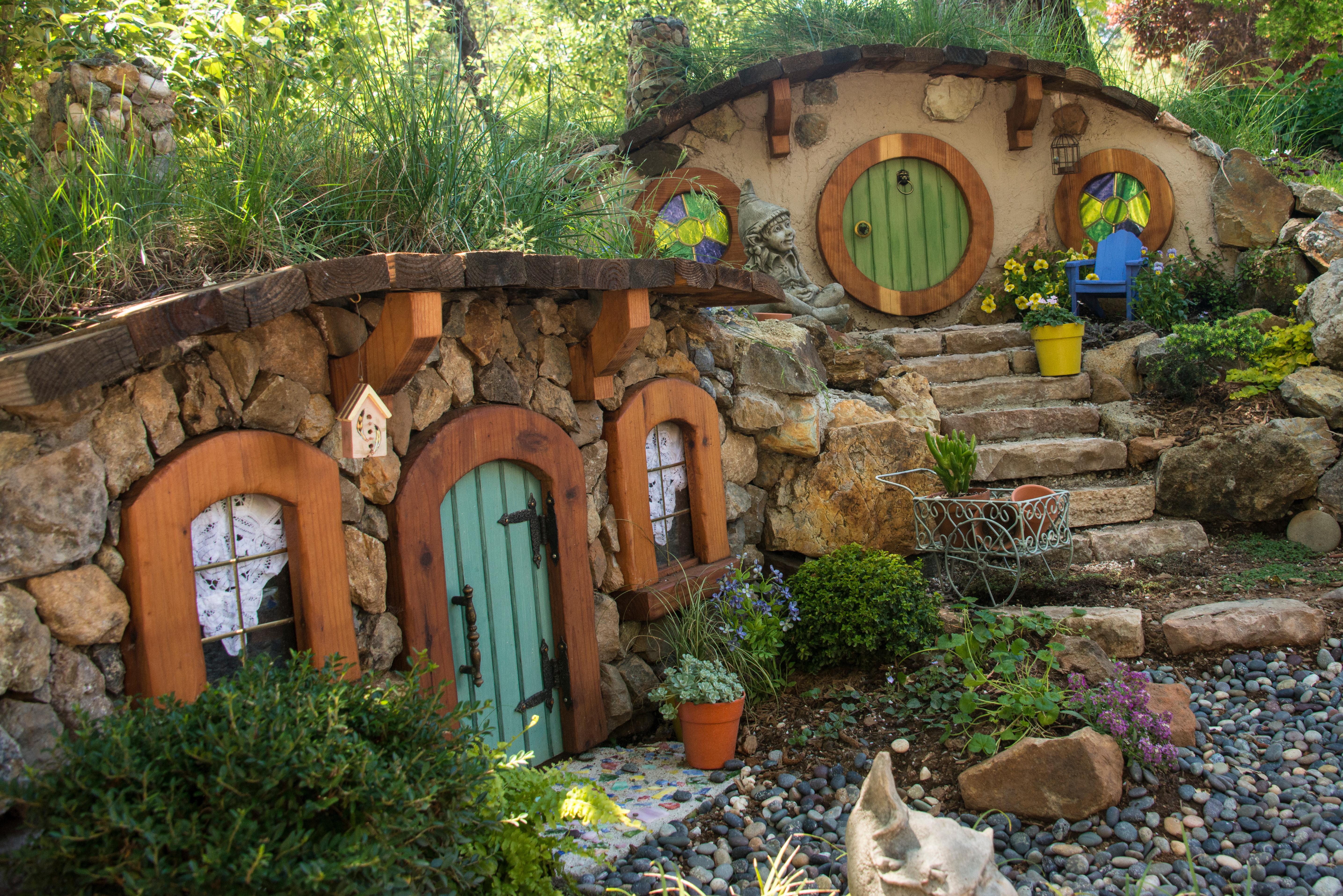 Jardin des Hobbits Garden-tour-spring-2013-50